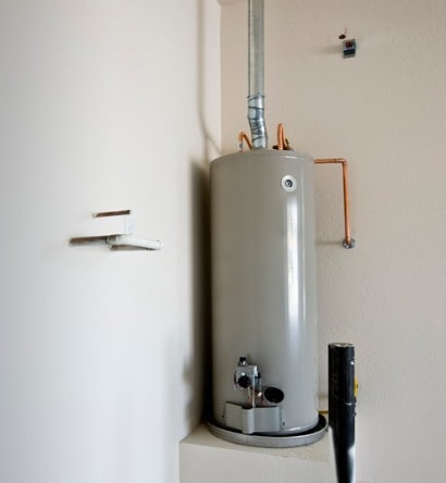grey-hot-water-tank-mounted-on-a-box-platform-picture-id152509531-min
